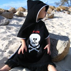 PIRATE BLACK PONCHO